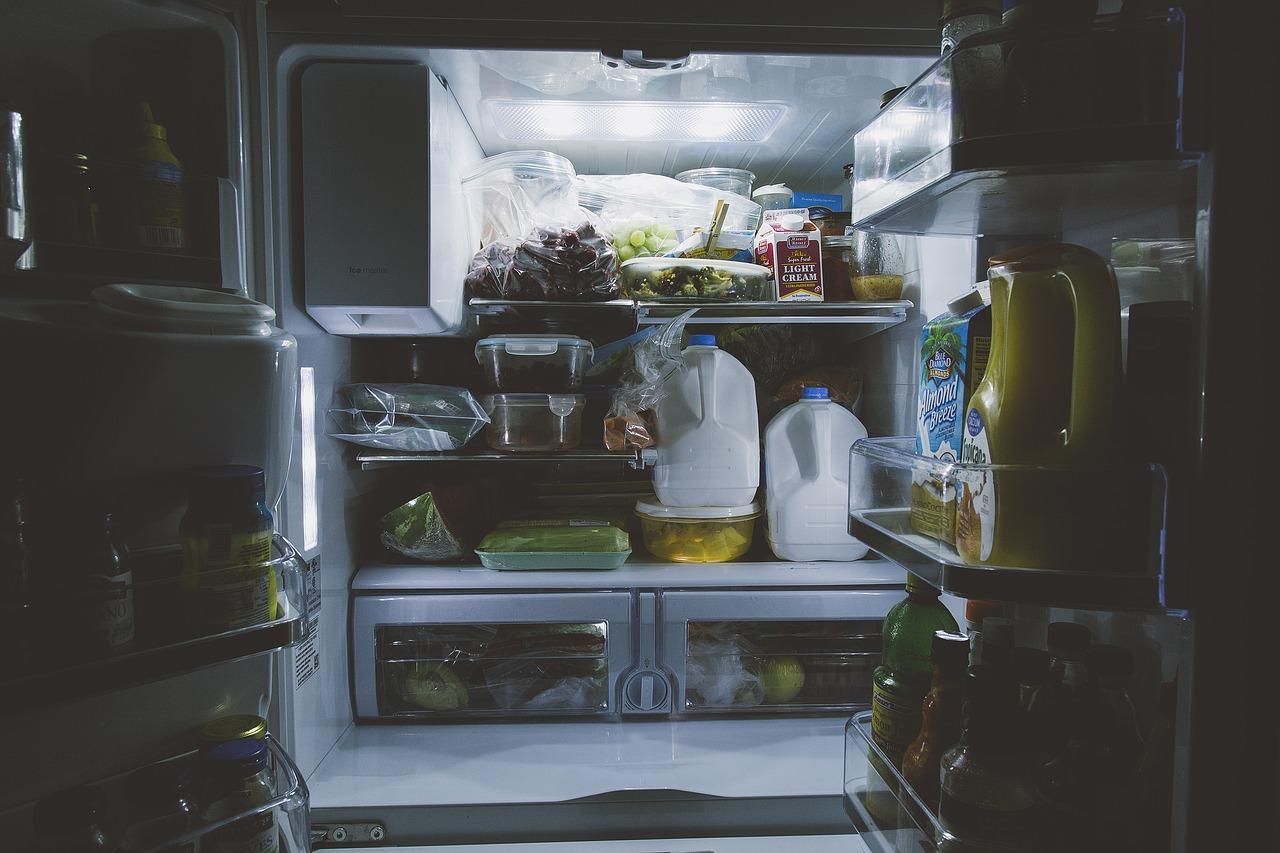 ミニマリスト 冷蔵庫 片付け・掃除